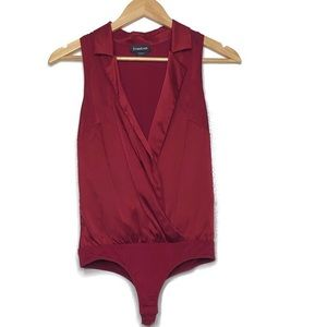 Bebe maroon silk cross front bodysuit xs